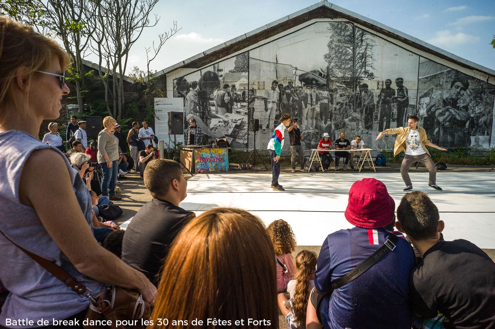 Battle-de-break-Dance-pour-les-trente-ans-de-Fêtes-Et-Fortsweb